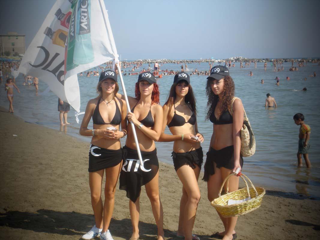 Marketing non convenzionale, promozione vodka artic per le spiagge della Versilia
