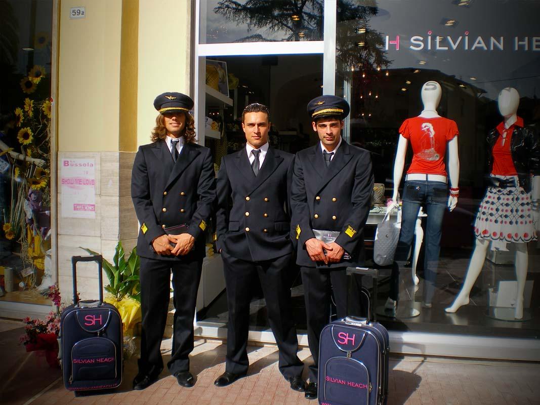 Marketing non convenzionale promozione per silvian heach piloti aerei a Fondi